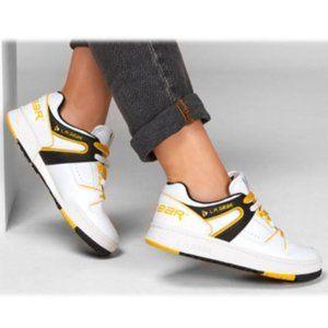 Skecher Street Women's L.A. Gear Sneaker